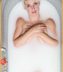 Aromatherapy Milk Baths by Li Wong